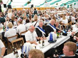 K800_08-03-2014-Ausholen Kaiserpaar,  Königspaar mit Throngefolge und Sternmarsch_529