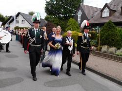 K640_039_07-29-2017-antreten-des_bataillons_ausholen_königspaar