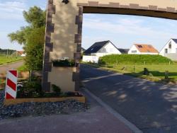 K800_06-27-28-2014-Der Aufbau der Torbögen_45